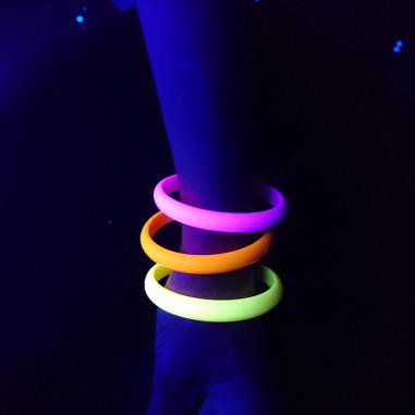Lot de 4 bracelets Néon