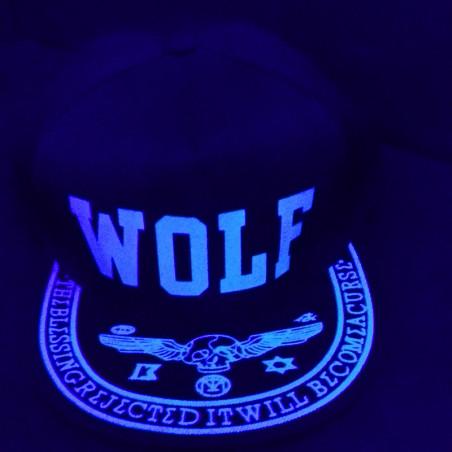Casquette Phosphorescente Wolf