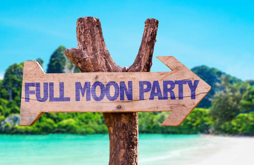 soiree full moon